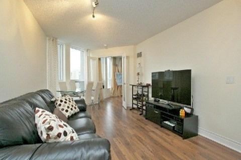Condo Apartment at 500 Doris Ave, Unit 1630, Toronto, Ontario. Image 11