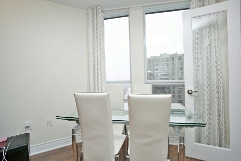 Condo Apartment at 500 Doris Ave, Unit 1630, Toronto, Ontario. Image 13