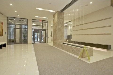 Condo Apartment at 500 Doris Ave, Unit 1630, Toronto, Ontario. Image 2