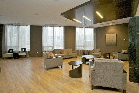 Condo Apartment at 500 Doris Ave, Unit 1630, Toronto, Ontario. Image 7