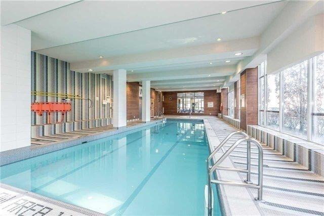Condo Apartment at 35 Hollywood Ave, Unit 818, Toronto, Ontario. Image 7