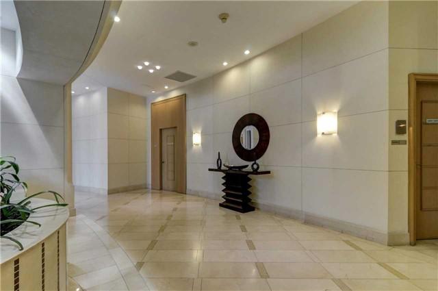 Condo Apartment at 503 Beecroft Rd, Unit 106, Toronto, Ontario. Image 5