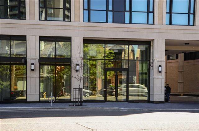 Condo Apartment at 181 Davenport Rd, Unit 803, Toronto, Ontario. Image 12