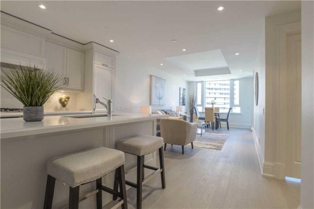 Condo Apartment at 181 Davenport Rd, Unit 803, Toronto, Ontario. Image 14