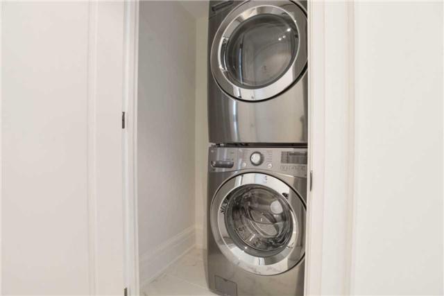 Condo Apartment at 181 Davenport Rd, Unit 803, Toronto, Ontario. Image 7