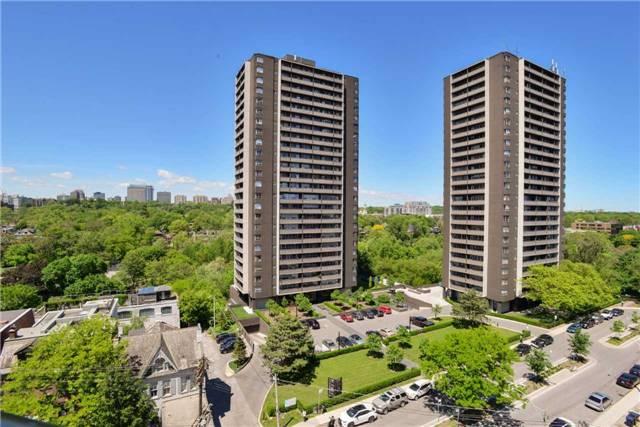 Condo Apartment at 181 Davenport Rd, Unit 803, Toronto, Ontario. Image 9