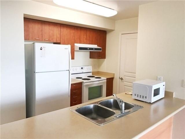 Condo Apartment at 503 Beecroft Rd, Unit 1112, Toronto, Ontario. Image 5