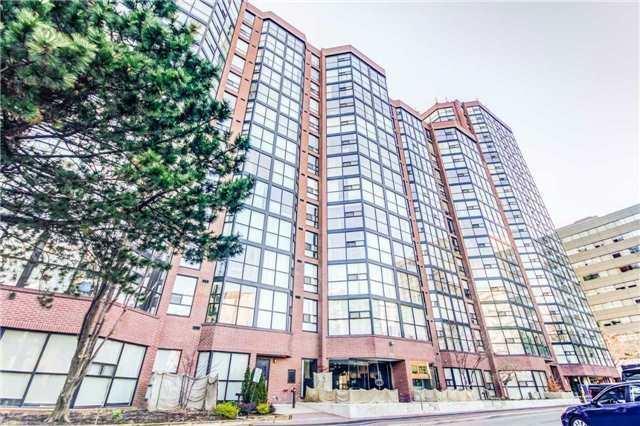 Condo Apartment at 701 King St W, Unit 801, Toronto, Ontario. Image 1