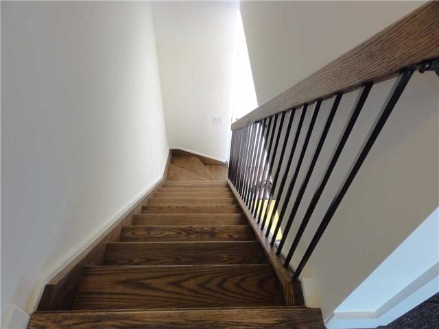 Condo Apartment at 5 Hanna Ave, Unit 403, Toronto, Ontario. Image 4