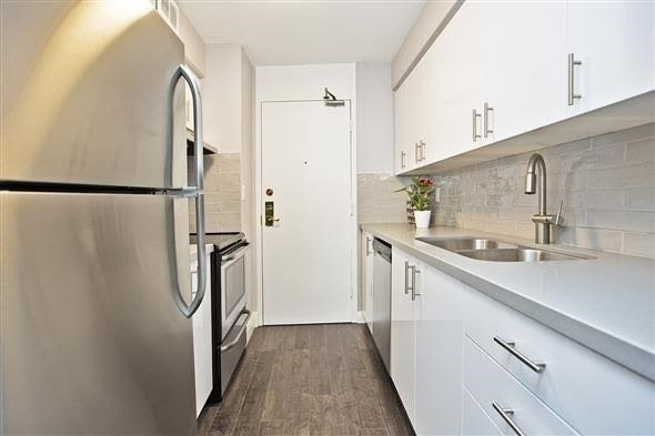 Condo Apartment at 135 Antibes Dr, Unit 2502, Toronto, Ontario. Image 3