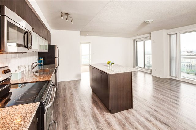 Condo Apartment at 2015 Sheppard Ave E, Unit 2204, Toronto, Ontario. Image 15