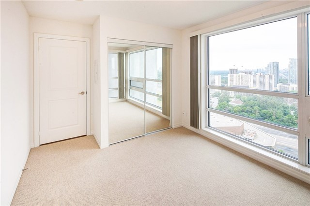 Condo Apartment at 2015 Sheppard Ave E, Unit 2204, Toronto, Ontario. Image 2