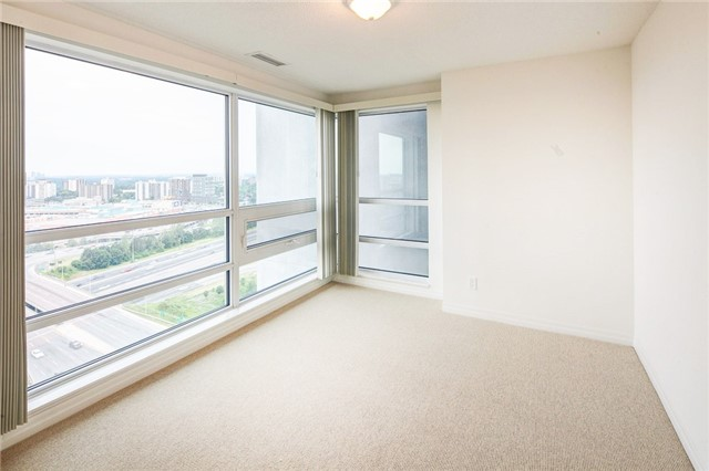 Condo Apartment at 2015 Sheppard Ave E, Unit 2204, Toronto, Ontario. Image 3