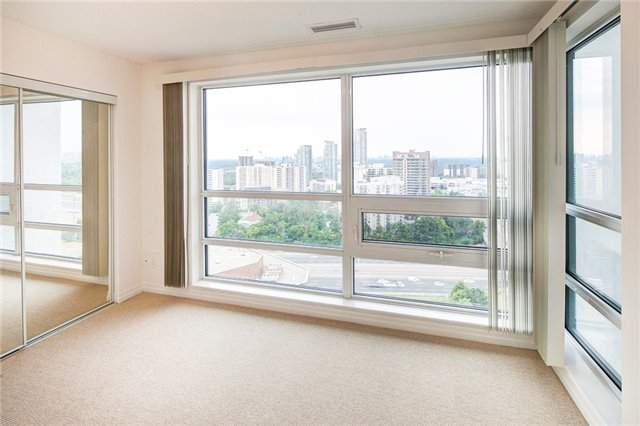 Condo Apartment at 2015 Sheppard Ave E, Unit 2204, Toronto, Ontario. Image 4