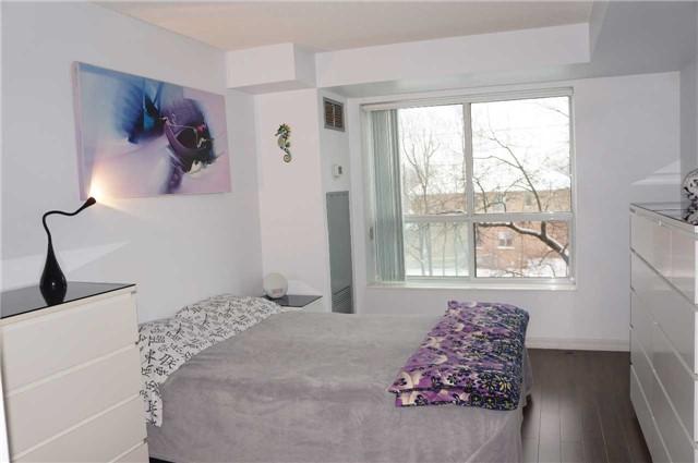 Condo Apartment at 39 Pemberton Ave, Unit 308, Toronto, Ontario. Image 11