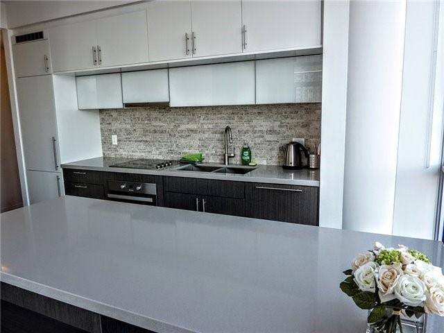 Condo Apartment at 8 Mercer St, Unit 1908, Toronto, Ontario. Image 3