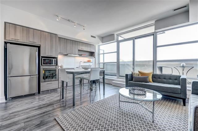Condo Apartment at 170 Chiltern Hill Rd, Unit 608, Toronto, Ontario. Image 3