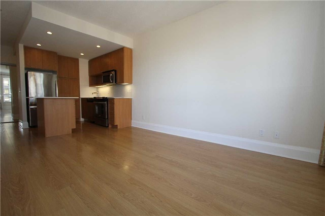 Condo Apartment at 100 Harrison Garden Blvd, Unit 804, Toronto, Ontario. Image 5