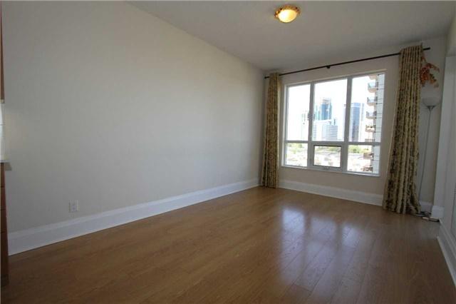 Condo Apartment at 100 Harrison Garden Blvd, Unit 804, Toronto, Ontario. Image 9