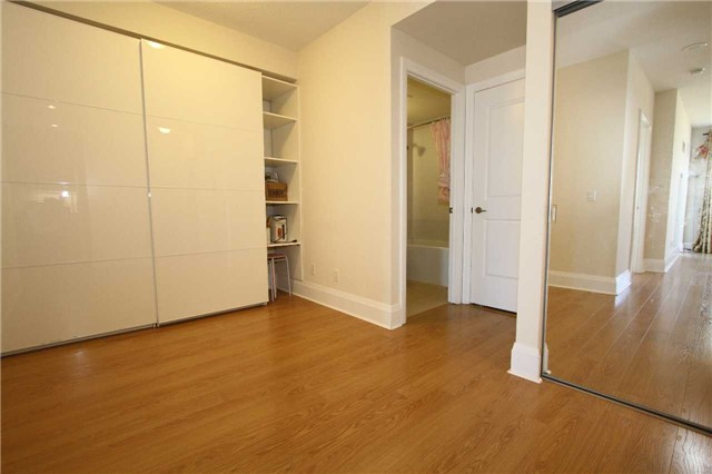 Condo Apartment at 100 Harrison Garden Blvd, Unit 804, Toronto, Ontario. Image 10