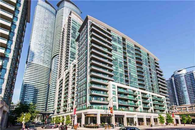 Condo Apartment at 25 Lower Simcoe St, Unit 507, Toronto, Ontario. Image 1