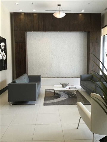 Condo Apartment at 25 Lower Simcoe St, Unit 507, Toronto, Ontario. Image 2