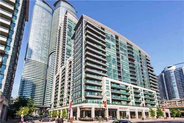 Condo Apartment at 25 Lower Simcoe St, Unit 607, Toronto, Ontario. Image 1