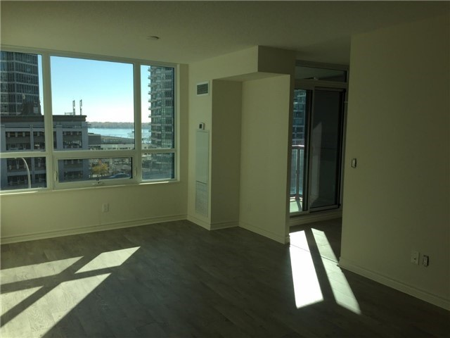 Condo Apartment at 25 Lower Simcoe St, Unit 607, Toronto, Ontario. Image 9