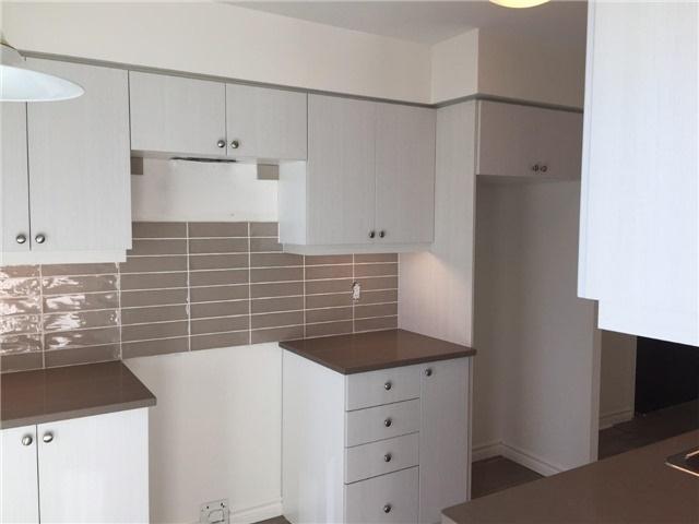 Condo Apartment at 25 Lower Simcoe St, Unit 607, Toronto, Ontario. Image 11