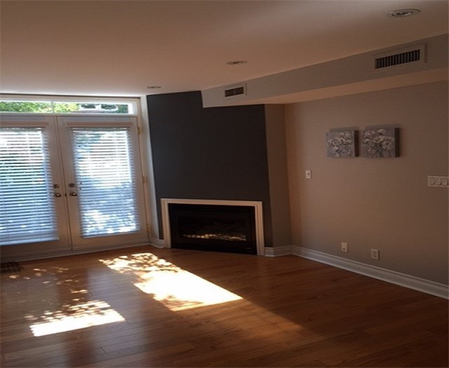 Condo Townhouse at 108 Redpath Ave N, Unit 18, Toronto, Ontario. Image 18