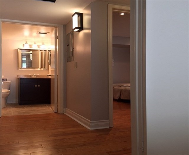 Condo Townhouse at 108 Redpath Ave N, Unit 18, Toronto, Ontario. Image 10