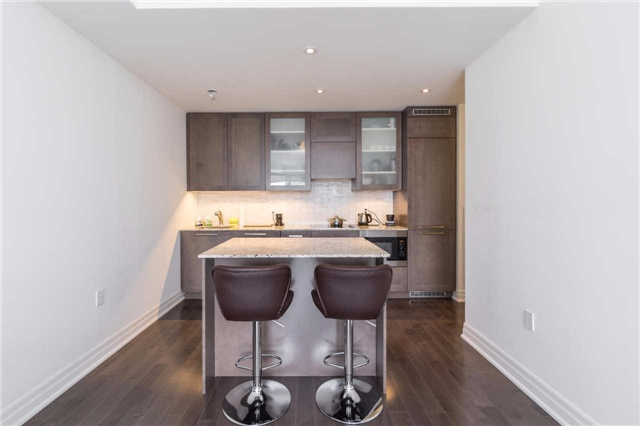 Condo Apartment at 8 The Esplanade, Unit 2406, Toronto, Ontario. Image 6