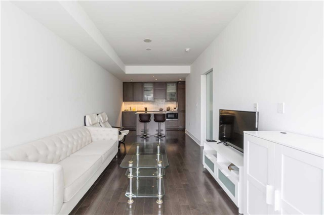 Condo Apartment at 8 The Esplanade, Unit 2406, Toronto, Ontario. Image 10