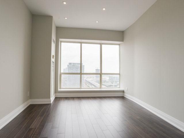 Condo Apartment at 25 The Esplanade, Unit 3016, Toronto, Ontario. Image 20
