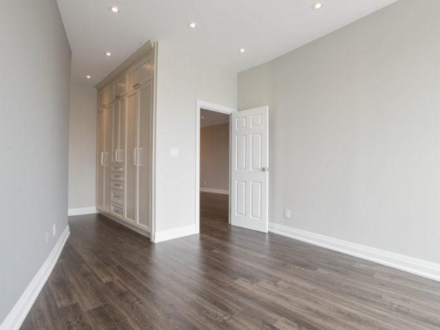 Condo Apartment at 25 The Esplanade, Unit 3016, Toronto, Ontario. Image 3