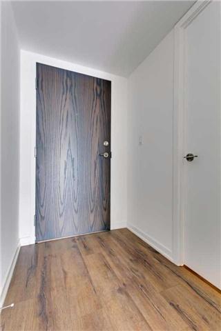Condo Apartment at 68 Abell St, Unit 1810, Toronto, Ontario. Image 12