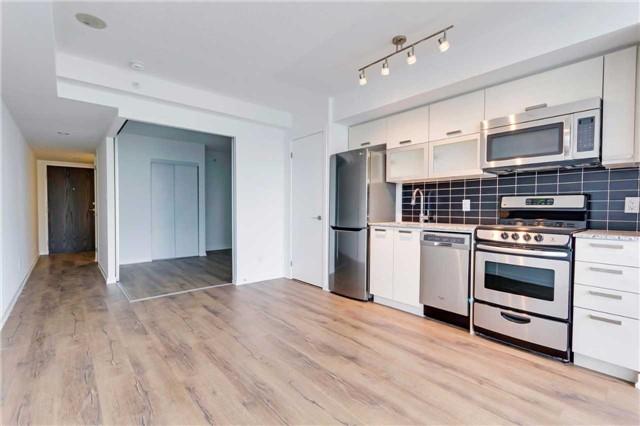 Condo Apartment at 68 Abell St, Unit 1810, Toronto, Ontario. Image 15