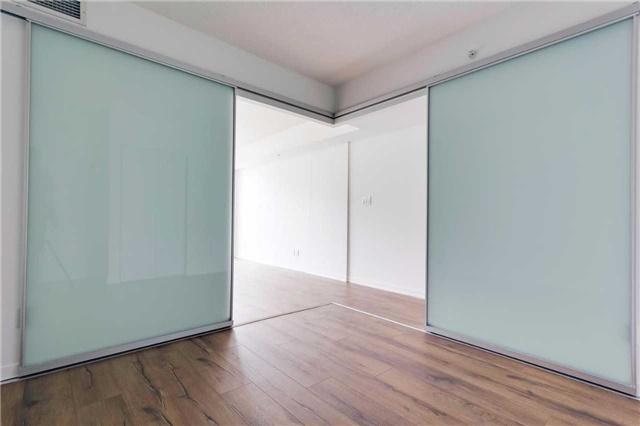 Condo Apartment at 68 Abell St, Unit 1810, Toronto, Ontario. Image 2