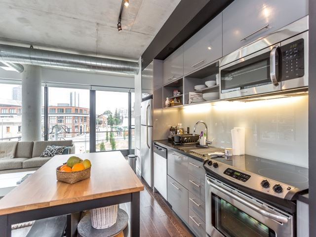 Condo With Common Elements at 51 Trolley Cres, Unit 317, Toronto, Ontario. Image 5