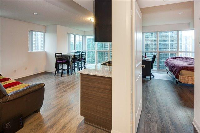 Condo Apartment at 5162 Yonge St, Unit 1709, Toronto, Ontario. Image 17