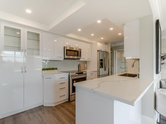 Condo Apartment at 268 Ridley Blvd, Unit 1015, Toronto, Ontario. Image 13