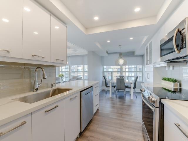 Condo Apartment at 268 Ridley Blvd, Unit 1015, Toronto, Ontario. Image 14