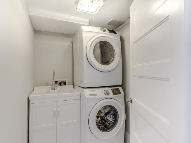 Condo Apartment at 268 Ridley Blvd, Unit 1015, Toronto, Ontario. Image 6