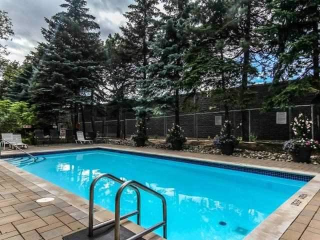 Condo Apartment at 268 Ridley Blvd, Unit 1015, Toronto, Ontario. Image 9