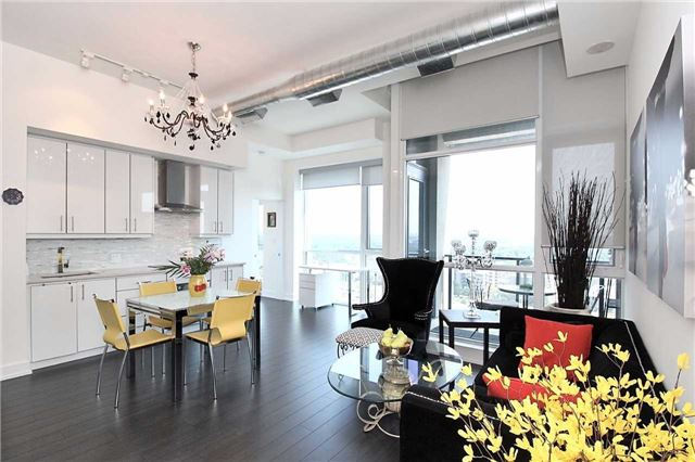Condo Apartment at 75 The Donway Way W, Unit 1403, Toronto, Ontario. Image 15