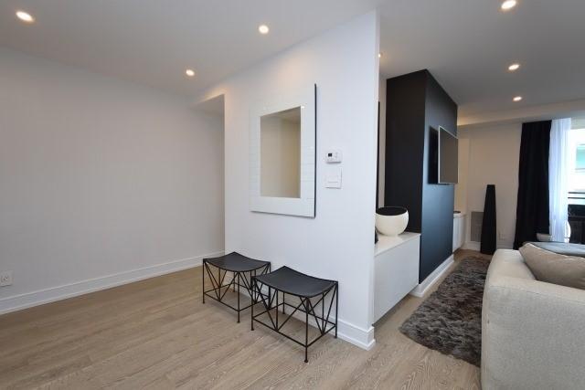 Condo Apartment at 260 Heath St, Unit 1402, Toronto, Ontario. Image 14