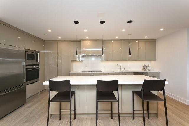 Condo Apartment at 260 Heath St, Unit 1402, Toronto, Ontario. Image 18
