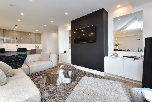 Condo Apartment at 260 Heath St, Unit 1402, Toronto, Ontario. Image 4