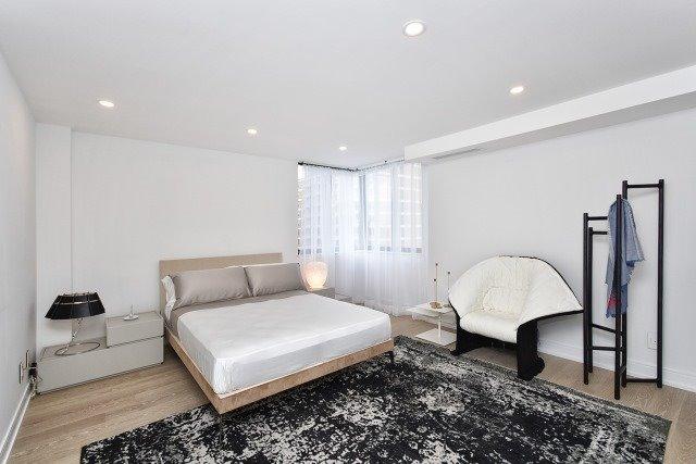 Condo Apartment at 260 Heath St, Unit 1402, Toronto, Ontario. Image 6