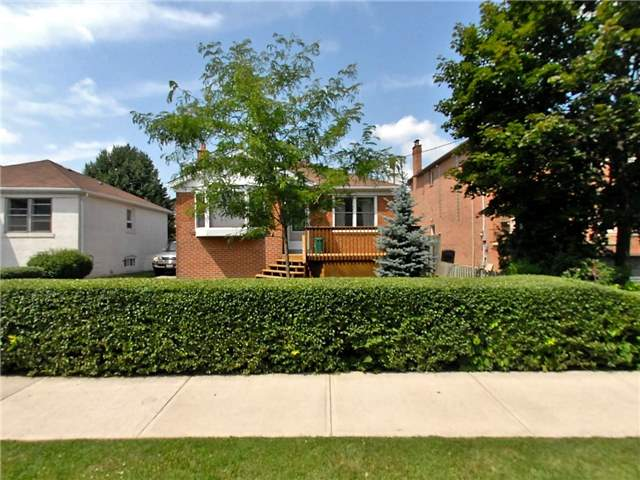Detached at 538 Brookdale Ave, Toronto, Ontario. Image 1